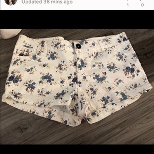 Pants - White and blue floral shorts